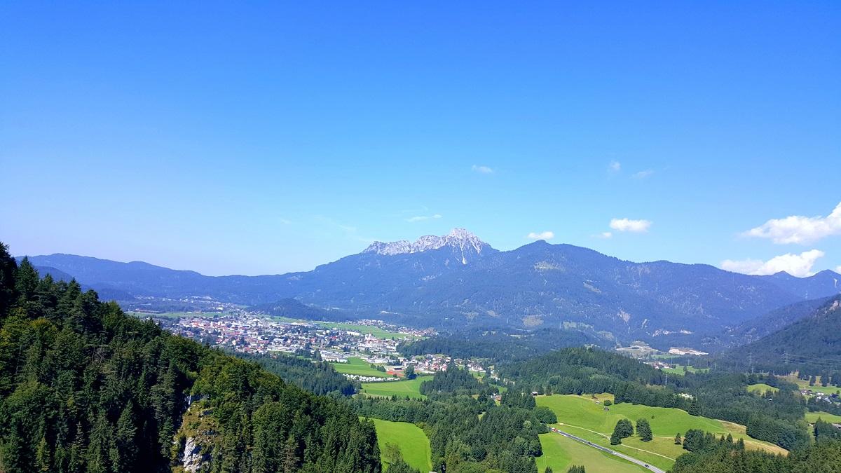 Reutte in Tirol – spokojne miasteczko, w którym unikniesz turystów