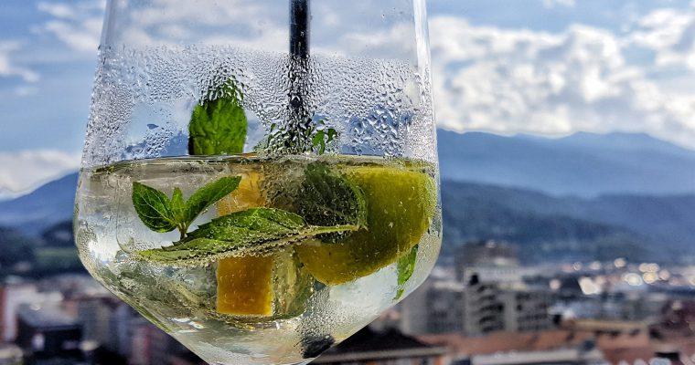 Co pić w Austrii latem?  5 najbardziej orzeźwiających drinków z alko i bez